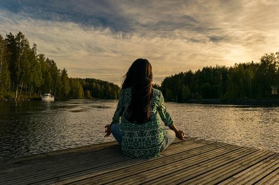 jak medytacja wplywa na zycie
